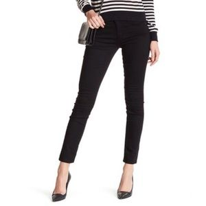AG The Prima Cigarette Leg Black Skinny Jeans!